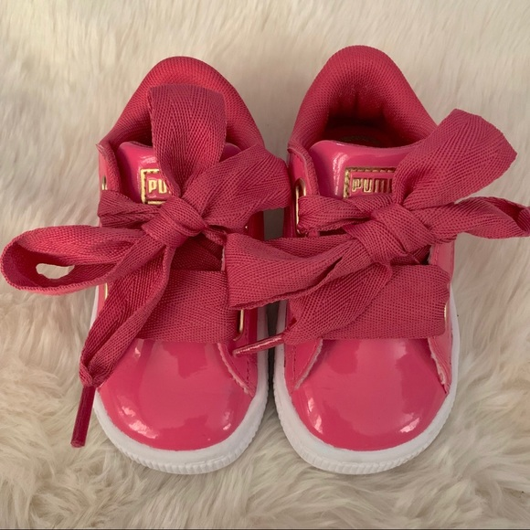 pretty nice 8733e aa30d Puma Basket Heart Patent Pink Sneakers, sz 5